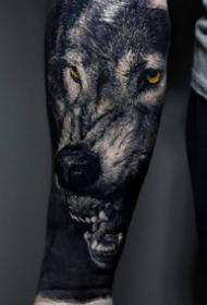 几张眼神霸气的动物写实纹身图案图片