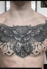几张猫头鹰花胸纹身图案和手稿欣赏