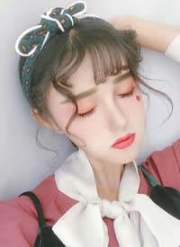仙氣滿滿的女生劉海卷燙造型圖片