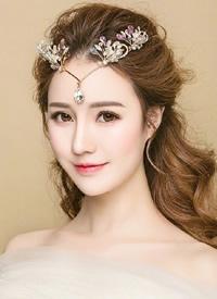 美美哒气质型的新娘发型图片参考