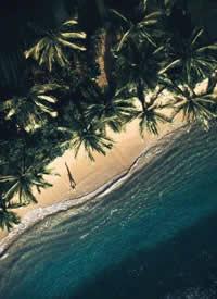 航拍夏威夷欧胡岛,幽蓝海水,琉璃一般
