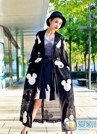 彭小苒時尚個性街拍高清圖片