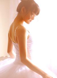 演員文淇芭蕾舞裙性感寫真圖片