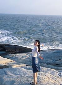 鐘祺海邊旅拍唯美寫真圖片