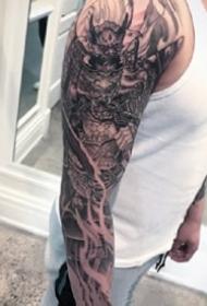 武士花臂:日式风格的一组传统武士等花臂纹身图案
