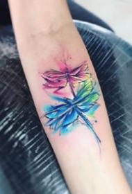 水彩刺青图:18张水彩风格的小清新纹身图案