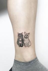 小清新貓紋身:狠可愛的一組小清新貓紋身圖案