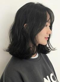 一剪短发深似海 女生短发欣赏