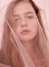 俄罗斯模特Kulakova Sonya ???化妆造型特别好看