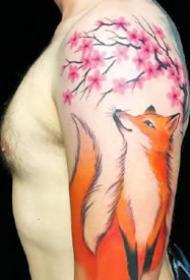 一组创意狐狸的水彩等纹身图案