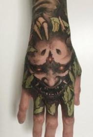 霸氣的一組暗黑滿手背紋身作品賞析