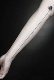 9张手臂胳膊上的很简约线条纹身图案