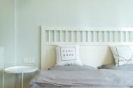 舒適柔軟的雙人床圖片_10張