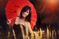 撑伞的女孩图片_17张