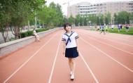 毕业季校园美女图片_19张