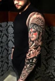 歐美風格的大黑花臂紋身作品9張