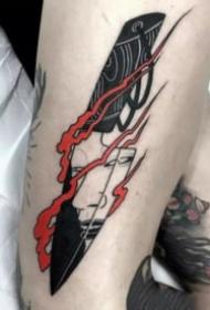 黑色的一组小刀匕首纹身图案