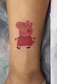小猪佩奇的一组9张纹身作品
