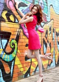 蓋玥希優雅嫵媚時尚街拍圖片