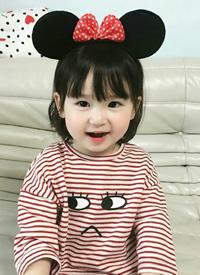 小女孩剪齊劉海真的是超可愛的