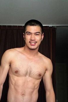 身材超級棒的泰國肌肉帥哥寫真照片