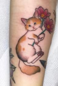 一組傳統的日式小貓紋身作品圖