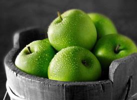 一组清脆美味的青苹果图片欣赏