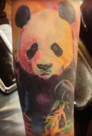 熊猫纹身图   多款呆萌而又创意的熊猫纹身图案