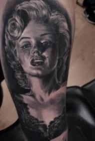 纹身人物图片  神采奕奕的人物肖像素描写实纹身图案