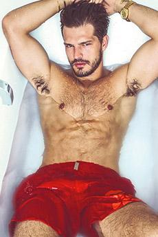 欧美男模内裤半裸写真图片