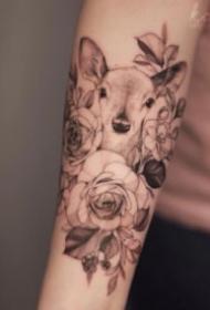 素花紋身 適合女生的一組素花紋身圖片欣賞
