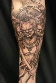 帥氣包臂紋身 傳統風格的9張包小臂和包小腿的紋身作品