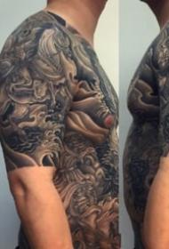 傳統圖紋身 9張老傳統的黑灰紋身作品圖案欣賞