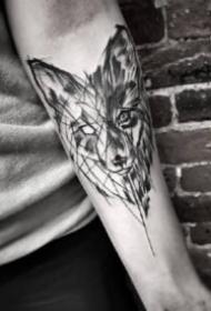 包小臂點線紋身 一組黑灰和點刺結合的點線設計包小臂紋身圖案