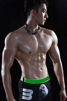 中國男模肌肉帥哥的大胸肌寫真圖片