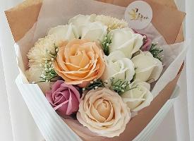 收到一束花的好心情,女生都愛
