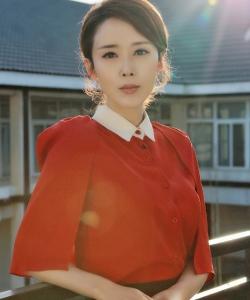 顏丹晨成熟迷人寫真圖片