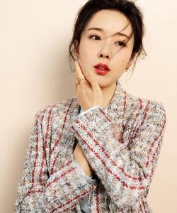 顏丹晨優雅迷人時尚寫真圖片