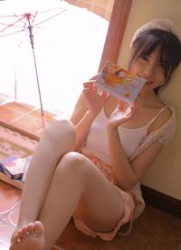 白皙美腿美女私房寫真圖片