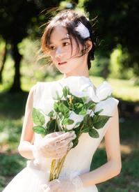 婚紗美女唯美性感寫真圖片