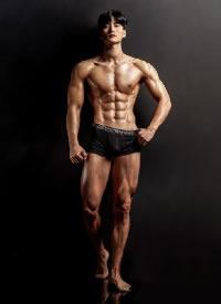 一組帥氣的韓國肌肉帥哥攝影圖片