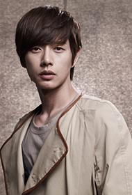 韩国男演员朴海镇休闲时尚写真