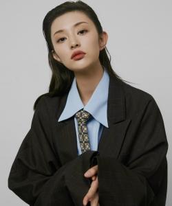 蓋玥希冷艷迷人時尚寫真大片