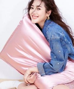 王梓薇清新靚麗時尚寫真圖片