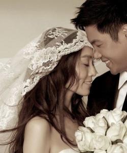 黑人陳建州范瑋琪唯美婚紗照圖片