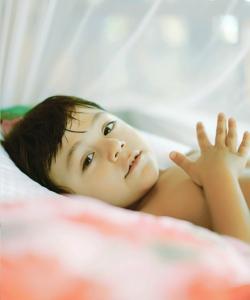 《爸爸去哪兒3》混血小王子劉燁兒子諾一高清睡覺寫真大放送