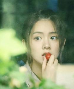 陳昊宇甜美文藝寫真圖片