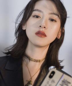 袁冰妍性感時尚魅力寫真圖片
