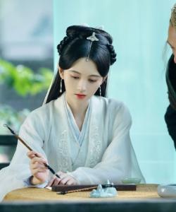 鞠婧祎《新白娘子传奇》优雅唯美剧照图片
