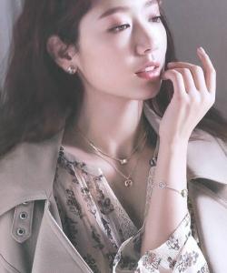樸信惠魅力女神唯美寫真圖片
